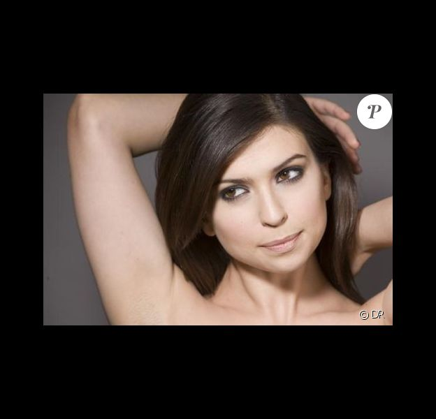 Lucie Bernardoni a été victime d'un cambriolage, rapporte le magazine Closer en kiosques le samedi 5 mars.