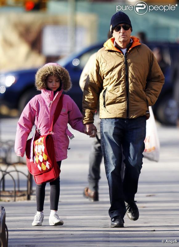 Michael Douglas avec sa fille Carys à New York le 4 mars 2011