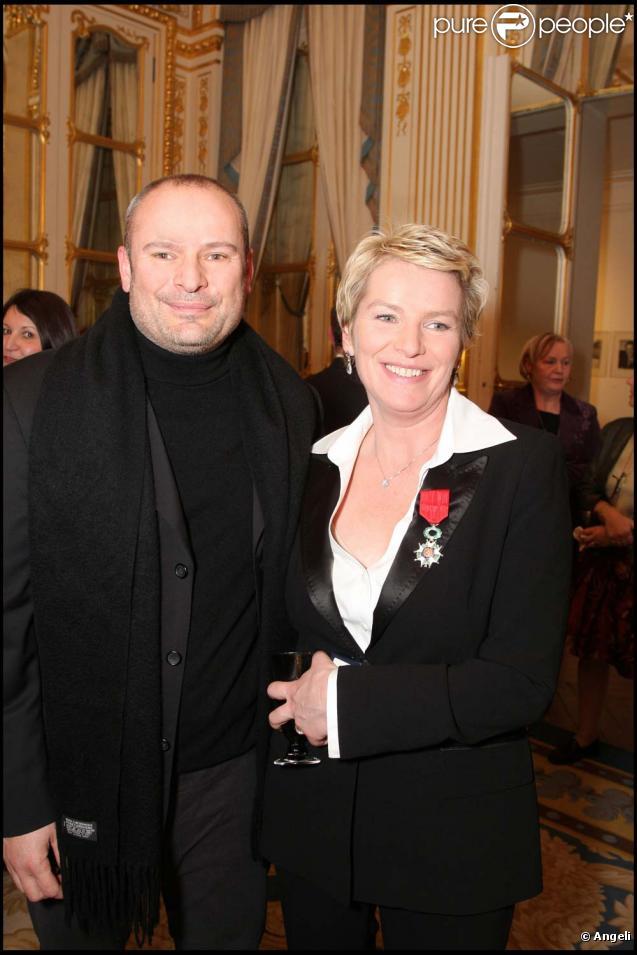 Martin Bourgeois Photo : elise lucet et son mari martin bourgeois paris le 12 d cembre 2008 ~ Medecine-chirurgie-esthetiques.com Avis de Voitures