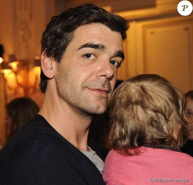 Xavier de Moulins et sa petite Bianca au Carnaval des Enfants du Meurice, à Paris, le 13 mars 2011.