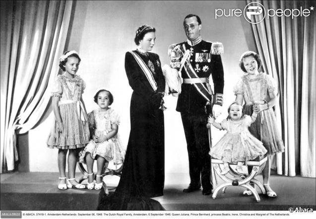 1 535 lots de biens ayant appartenu à la reine Juliana des Pays-Bas ont été vendus aux enchères pour plus de 5 millions d'euros qui seront reversés à des associations caritatives, a annoncé le 18 mars 2011 la maison Sotheby's.