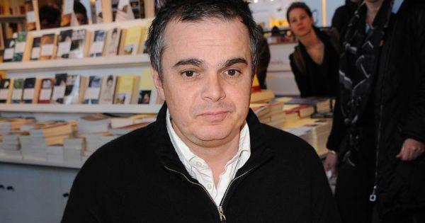 alexandre jardin au salon du livre les 19 et 20 mars 2011 la porte de versailles paris. Black Bedroom Furniture Sets. Home Design Ideas