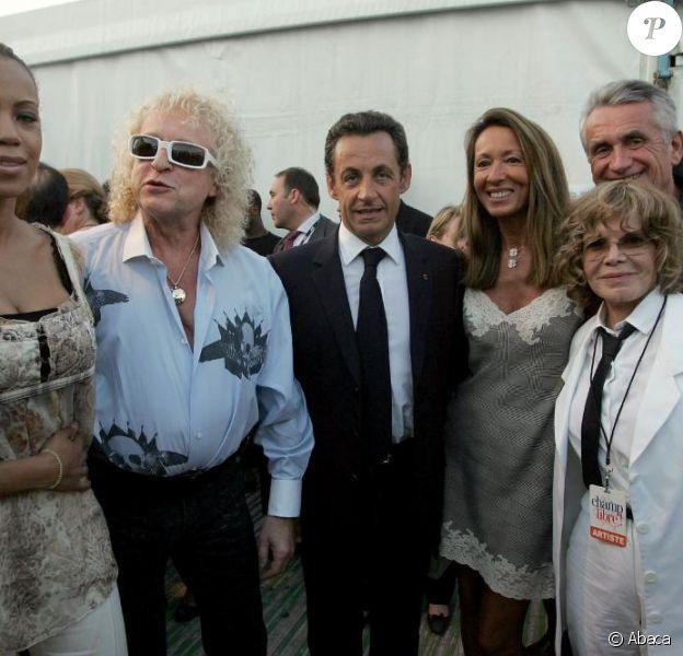 Michel Polnareff et sa compagne Danyellah rencontrent Nicolas Sarkozy, en juillet 2007.