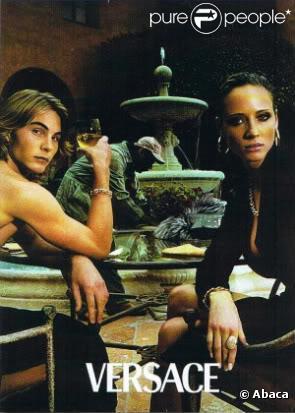 Eric Zentner dans la campagne Versace. Le top est décédé
