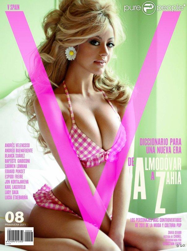 Zahia Dehar en couverture de  V Magazine , édition Espagne, mars 2011