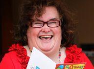 Susan Boyle : Complétement débridée pour ses 50 ans ! Aussi rouge que sa robe !