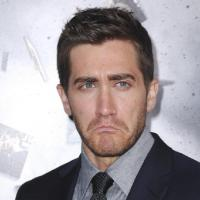 Shame on you !  589689-jake-gyllenhaal-a-la-premiere-de-200x200-2