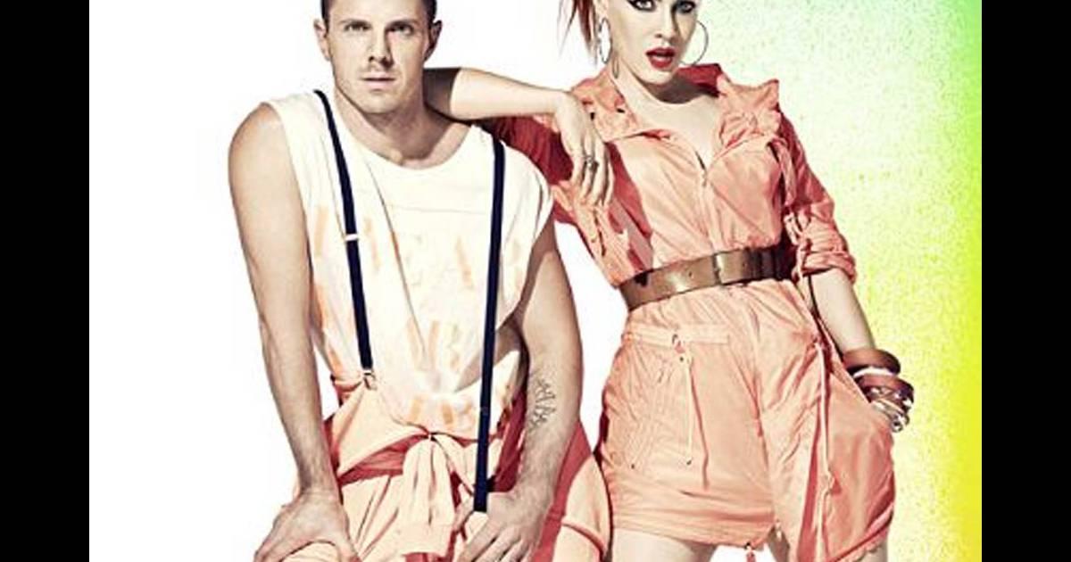campagne h m fashion against aids 2011 avec les scissor sisters. Black Bedroom Furniture Sets. Home Design Ideas