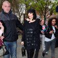Jessie J, avec son répertoire éclectique et son style choc, sexy-sexo voire boyish, défraie les charts britanniques. Le 5 avril 2011 à Londres, peu avant de décoller pour aller lancer sa carrière aux USA.