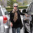Pink, enceinte, va faire du shopping à Malibu le 6 avril 2011