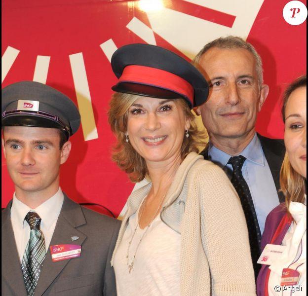 Michèle Laroque lance les festivités marquant le 30e anniversaire du TGV. Gare de Montparnasse, à Paris, le 7 avril 2011