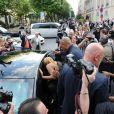 Beyoncé et son mari Jay-Z déjeunent à L'Avenue à Paris, avec le neveu de Beyoncé, Daniel, le 20 avril 2011