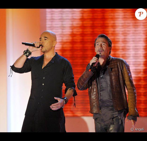 Florent Pagny et Pascal Obispo partagent un duo sur le plateau de Vivement dimanche. Il s'agit de l'émission du dimanche 8 mai, enregistrée à Paris  le mardi 3 mai.