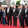 L'équipe du film  Habemus Papam  (de Nanni Moretti) sur le tapis rouge du Festival de Cannes, vendredi 13 mai 2011.