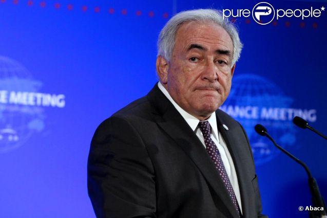 Dominique Strauss-Kahn est inculpé de tentative de viol et attend de passer devant la cour criminelle de justice de New-York