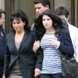 Anne Sinclair sort du tribunal le 19 mai avec Camille, la fille de DSK, elles sont soulagées...