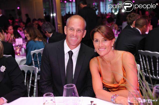 Guy Forget, accompagné par son épouse Isabelle, était LA star du dîner annuel de l'ITF pour ses World Champions, au Pavillon d'Armenonville, le 31 mai 2011, au 10e jour de Roland-Garros : le champion français, en présence de son épouse Isabelle, a reçu le prestigieux Prix Philippe-Chatrier et l'ovation des convives.