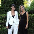 Brillantes en double, l'Argentine Gisela Dulko et l'Italienne Flavia Pennetta ont été primées lors du dîner annuel de l'ITF pour ses World Champions, au Pavillon d'Armenonville, le 31 mai 2011, au 10e jour de Roland-Garros. Et surtout, elles ont impressionné par leur élégance !