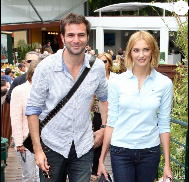 Grégory Fitoussi et Frédérique Bel lors de la finale du tournoi de Roland-Garros, le 5 juin 2011.