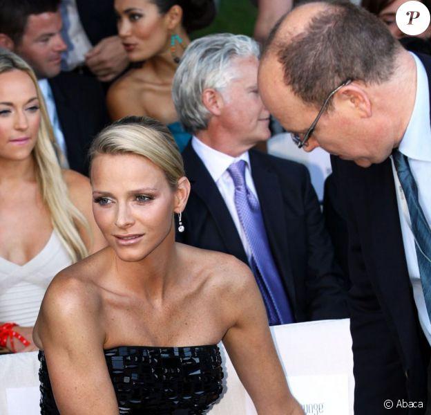 Charlene Wittstock en mai 2011 a déjà l'allure d'une princesse, même deux mois avant son mariage avec Albert de Monaco...