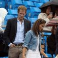 Pippa Middleton assiste, avec son ex-George Percy, à un match de tennis  d'Andy Murray pendant le AEGON Queen's Club Championship à Londres le 9  juin 2011