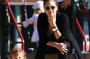 Jessica Alba, bien ronde, profite de sa jolie Honor avant l'arrivée du bébé