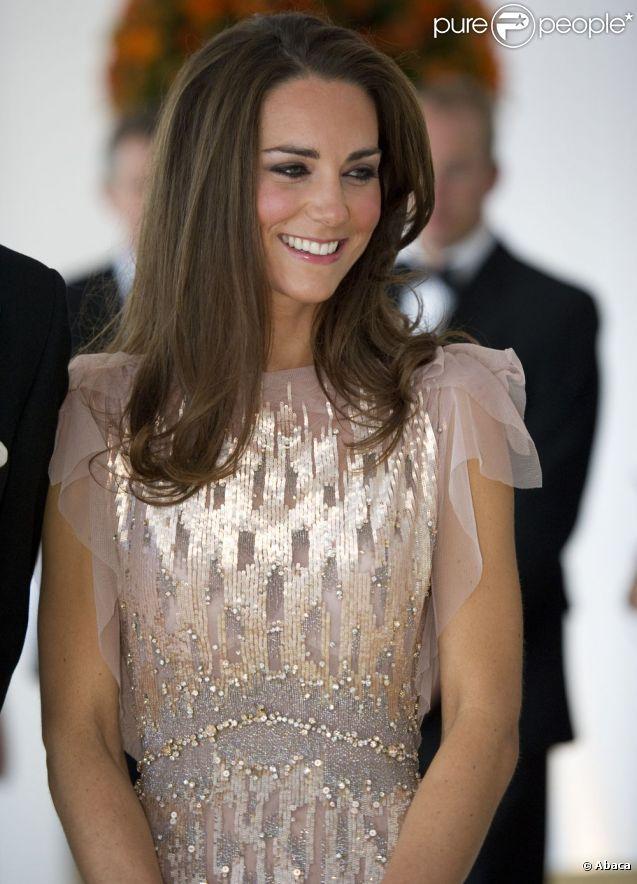 Kate Middleton superbe dans sa robe Jenny Packham