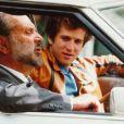 Dans le film Je règle mon pas sur celui de mon père, Guillaume Canet apprend à regret que son père, Jean Yanne, n'est pas si bien que ça