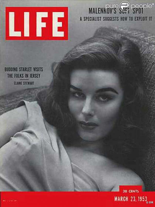 Elaine Stewart en couverture du magazine  Life , en mars 1953.