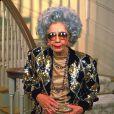 Grand Mère Yetta, jouée par Ann Morgan Guilbert, dans la série Une Nounou d'enfer
