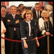 Anna Wintour, épinglée par Nicolas Sarkozy, livre un festival de sourires !
