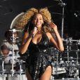 Beyoncé, au festival T In The Park (09/07/2011), interprète  Best thing I never had .