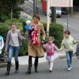 Antonia Kidman, la soeur de Nicole Kidman, et ses enfants à Sydney le 28 juin 2011