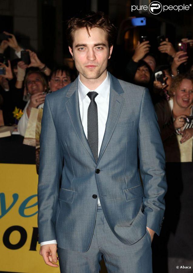 Robert Pattinson en mai 2011