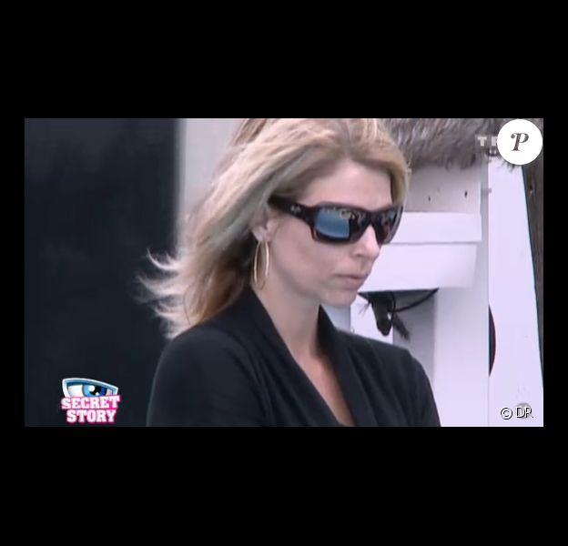 Marie-Josée a décidé de quitter l'aventure Secret Story 5 (quotidienne du lundi 18 juillet 2011).