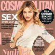 La  Bad Teacher  Cameron Diaz apparaît en couv' du Cosmopolitan hongrois de ce mois de juillet.