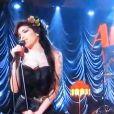 Amy Winehouse se produit aux Grammy Awards en 2008.