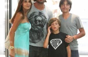 Paolo Maldini : l'ex-footballeur plus sexy que jamais en père modèle