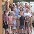 L'infante Elena et ses enfants Felipe et Victoria, Iñaki Urdangarin et Cristina d'Espagne avec Juan, Pablo, Miguel  et Irene, ainsi que Letizia et Felipe, accompagnés de Leonor et Sofia. 7 Août 2011