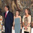 Felipe, Letizia et Elena d'Espagne lors d'un dîner de gala, à Palma de Majorque. 7 Août 2011
