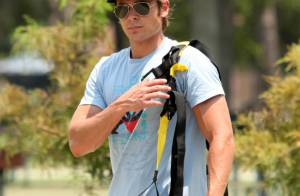 Zac Efron, nouveau complice de Nicole Kidman, pique les jouets des enfants
