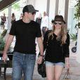 Hilary Duff est enceinte ! Ici avec son mari Mike à Los Angeles en août 2011