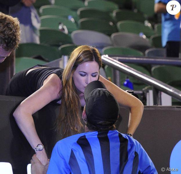 Lors de sa victoire avec son frère Mike à l'Open d'Australie en janvier 2011, Bob Bryan a célébré sa joie avec son épouse (depuis décembre 2010) Michelle Alvarez. En juillet 2011, il annonce qu'ils attendent un bébé.