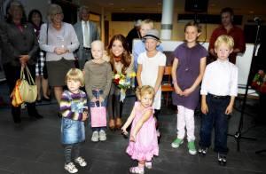 La princesse Madeleine met de la couleur dans la vie des enfants malades