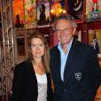 Nelson Monfort et son épouse lors de la conférence de presse des théâtres privés, le jeudi 8 septembre 2011.