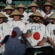 L'équipe japonaise a pu compter sur de nombreux fans venus de tous les horizons... Seul impératif : aroborer un rond rouge sur un fond blanc, quelque soit la manière !