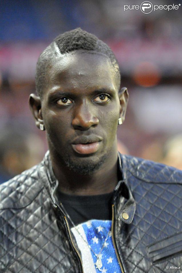 Mamadou Sakho ici le 25 août 2011 à Paris, a été reconnu coupable d'avoir frappé un journaliste