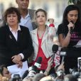 """""""Tristane Banon et plusieurs associations féministes manifestent place du Châtelet à Paris pour que la parole des femmes soit mieux entendue, le 24 septembre 2011.  """""""