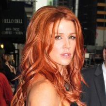 2010 actrice rousse rubinesk