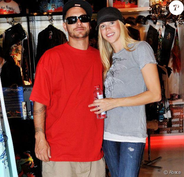 Kevin Federline et sa fiancée Victoria Prince, en novembre 2009 à Brisbane en Australie.